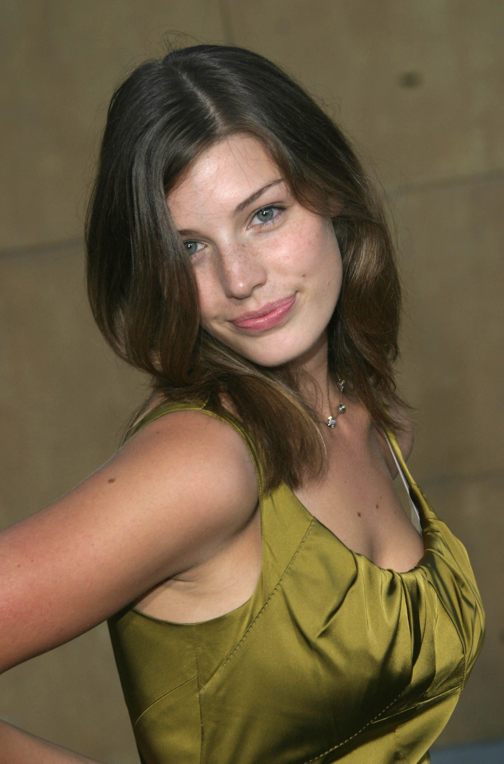 Young Jessica Pare nude photos 2019