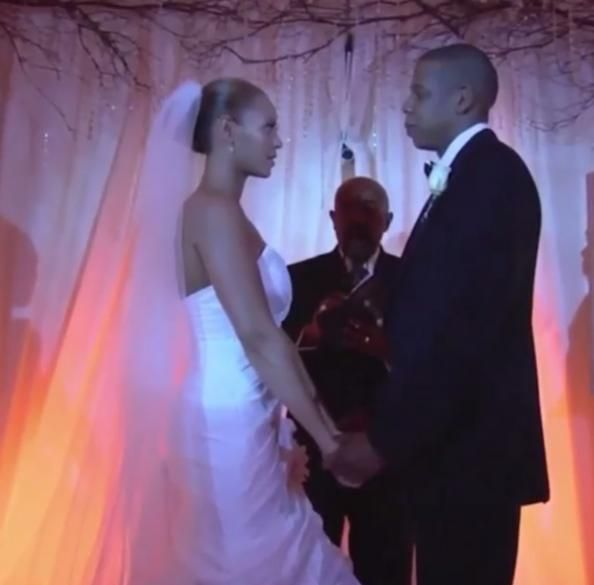 Here S Unseen Footage From Jay Z And Beyonce S Wedding Beyonce And Jay Z Beyonce And Jay Celebrity Weddings