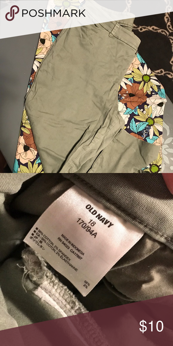 d974699e31a7 Diva slacks from old navy light green worn once Diva slacks from old navy  light green worn once Old Navy Pants Boot Cut   Flare