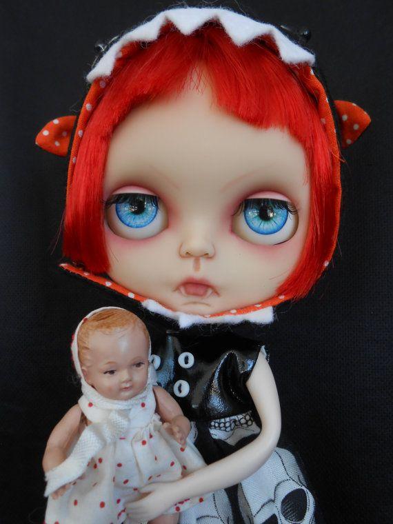 Rbl personalizado vampiro translúcido Blythe por Spookykidsworkshop