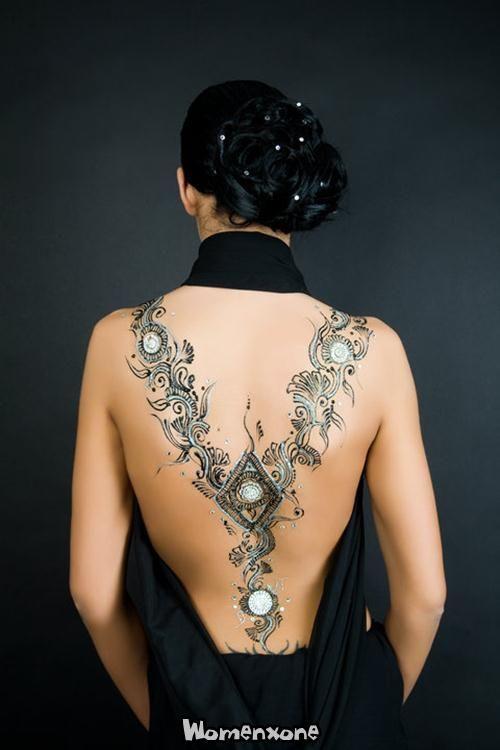 Glitter Mehndi Body Art 10500 X 750 38 2kb Womenxone Com Body Art Tattoos Body Art Henna Tattoo