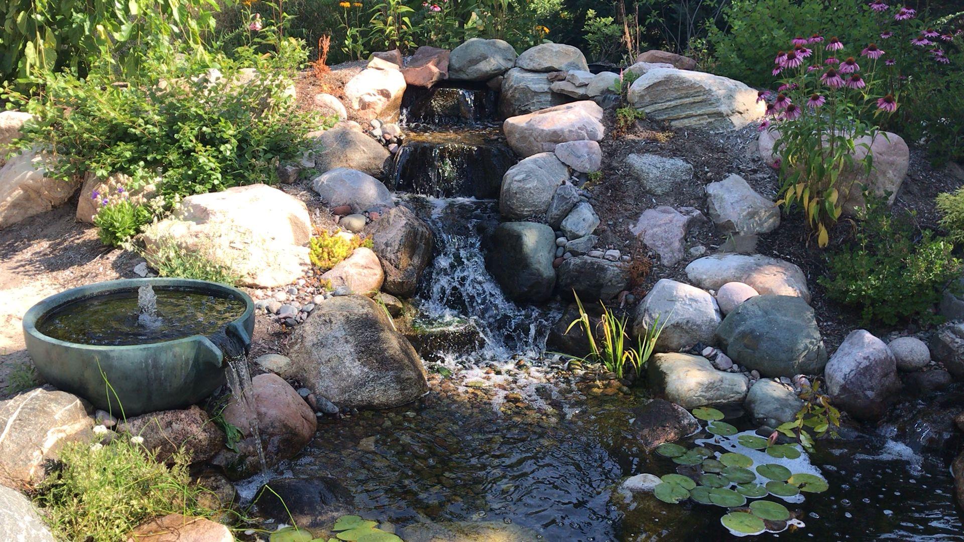 Photo of Noen sekunder på #zen ved #backyard # dam og spillway-skål