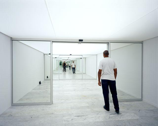 Carsten Höller, Sliding Doors, 2003, Installation Photo by Attilio Maranzano, Courtesy of the artist. Gwangju Biennale