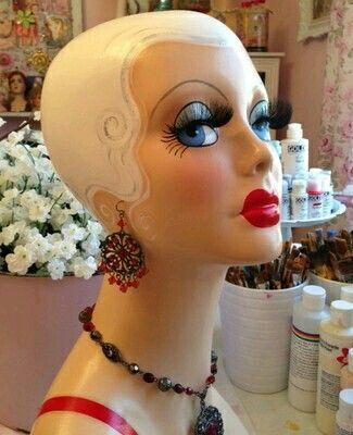 Flapper-Head Mannequin
