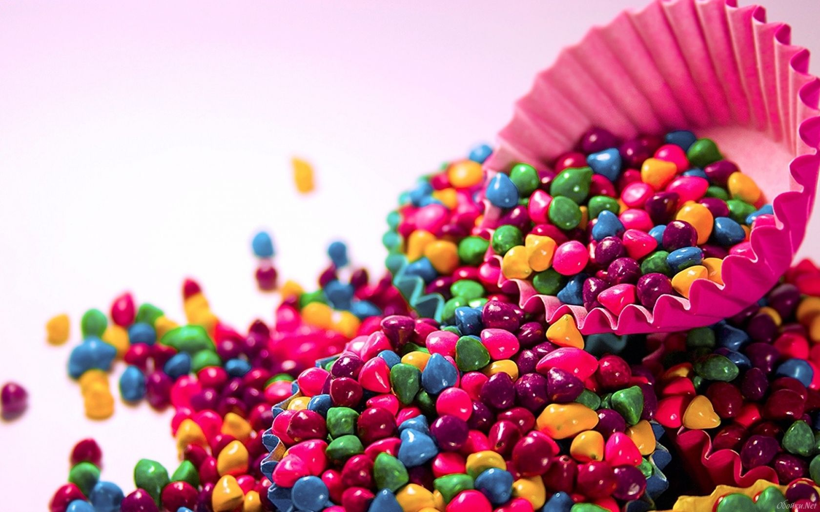 Pin By Stephanie Felix On Candy Is Dandy Colorful Candy Colorful Pictures Rainbow Candy