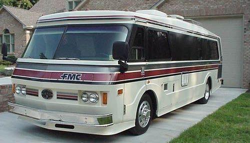 FMC Bus Motorhome RV Camper Van