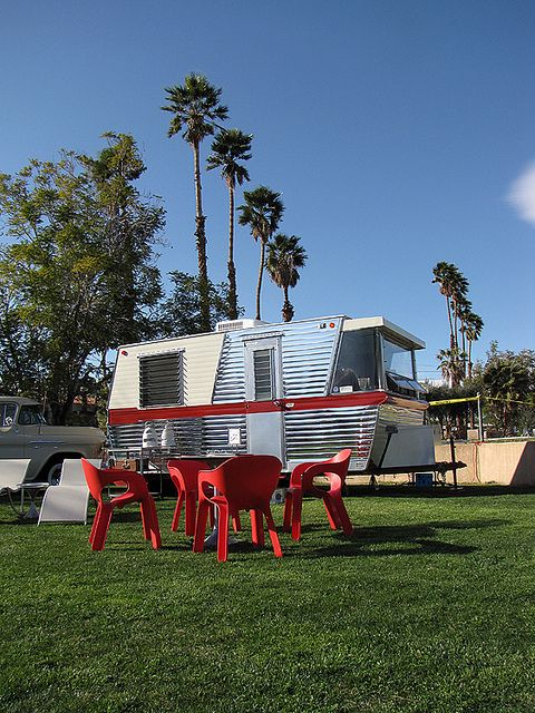 1960 Holiday House by Vintage Roadside