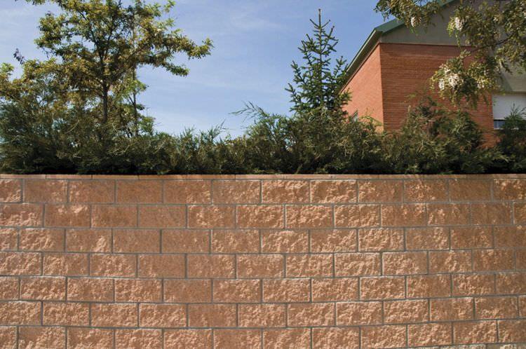 Bloque de hormig n hueco para muro de contenci n - Muro de bloques ...