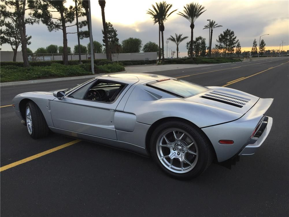 2005 FORD GT - Barrett-Jackson Auction Company - World's Greatest Collector Car Auctions