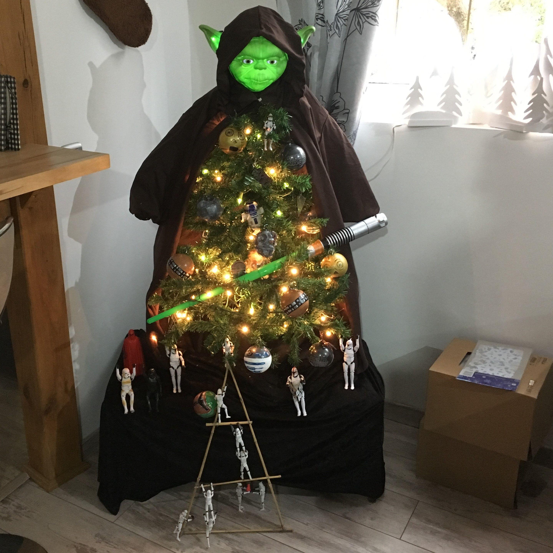 Chritmas Tree Yoda Arbre De Noel Yoda Star Wars Christmas Tree Star Wars Christmas Star Wars Decor