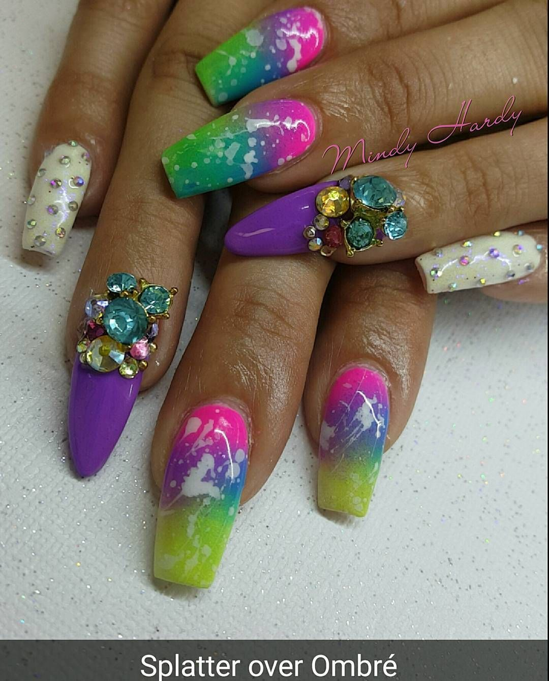 Mindy Hardy Nails (@mindyhardy) • Instagram photos and videos   Cool ...