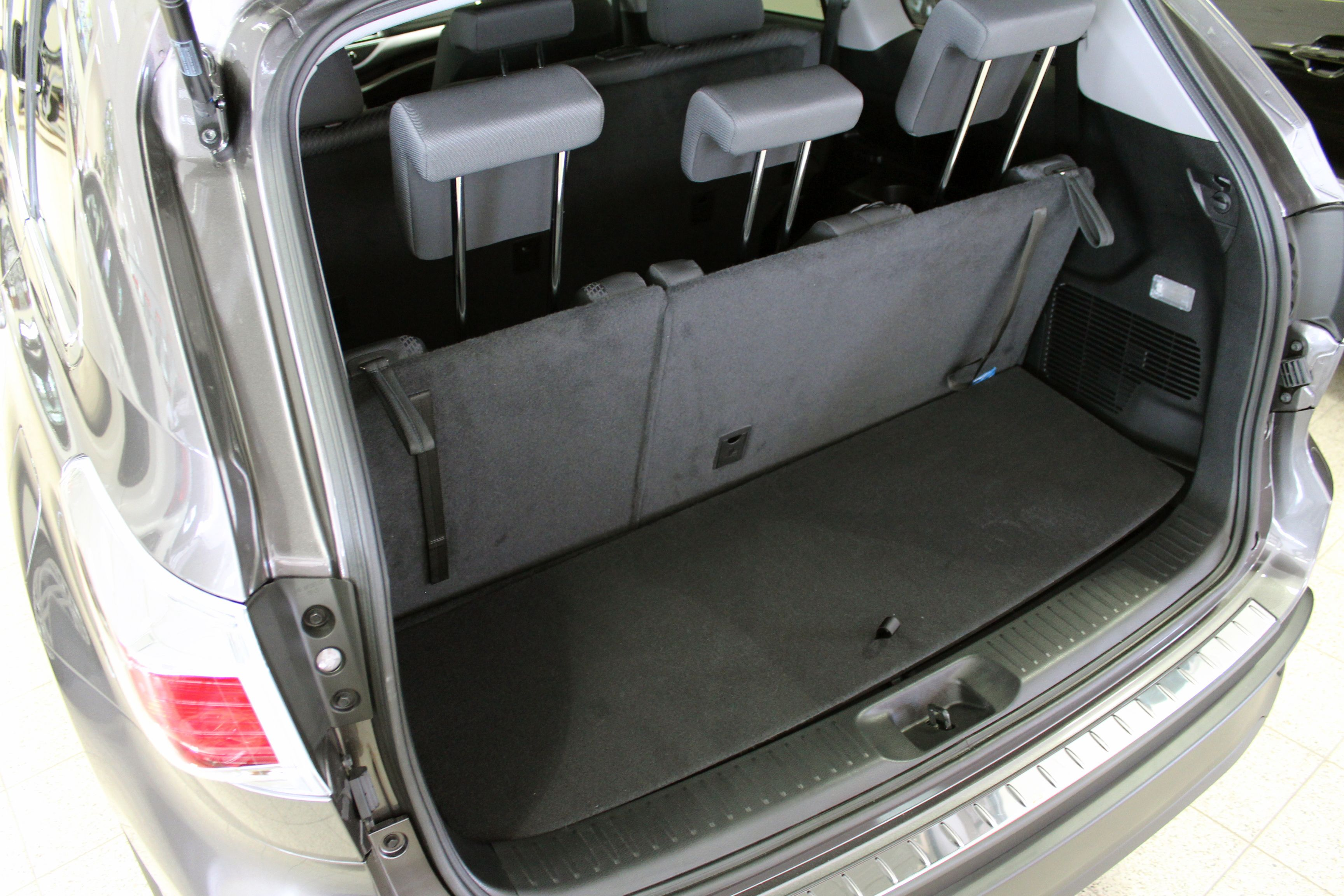 Toyota Highlander Cargo Space >> 2014 Toyota Highlander cargo space | Car seats, 2015 ...