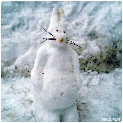 Hi, I'm a Snow Bunny! http://www.pingurun.com