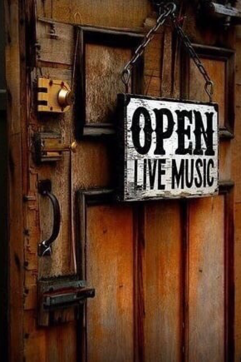 Pin By M S Epstein On Portal Open Live Music Room Live Music