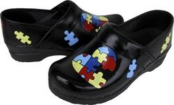 the swanx hand painted clogs | Join The