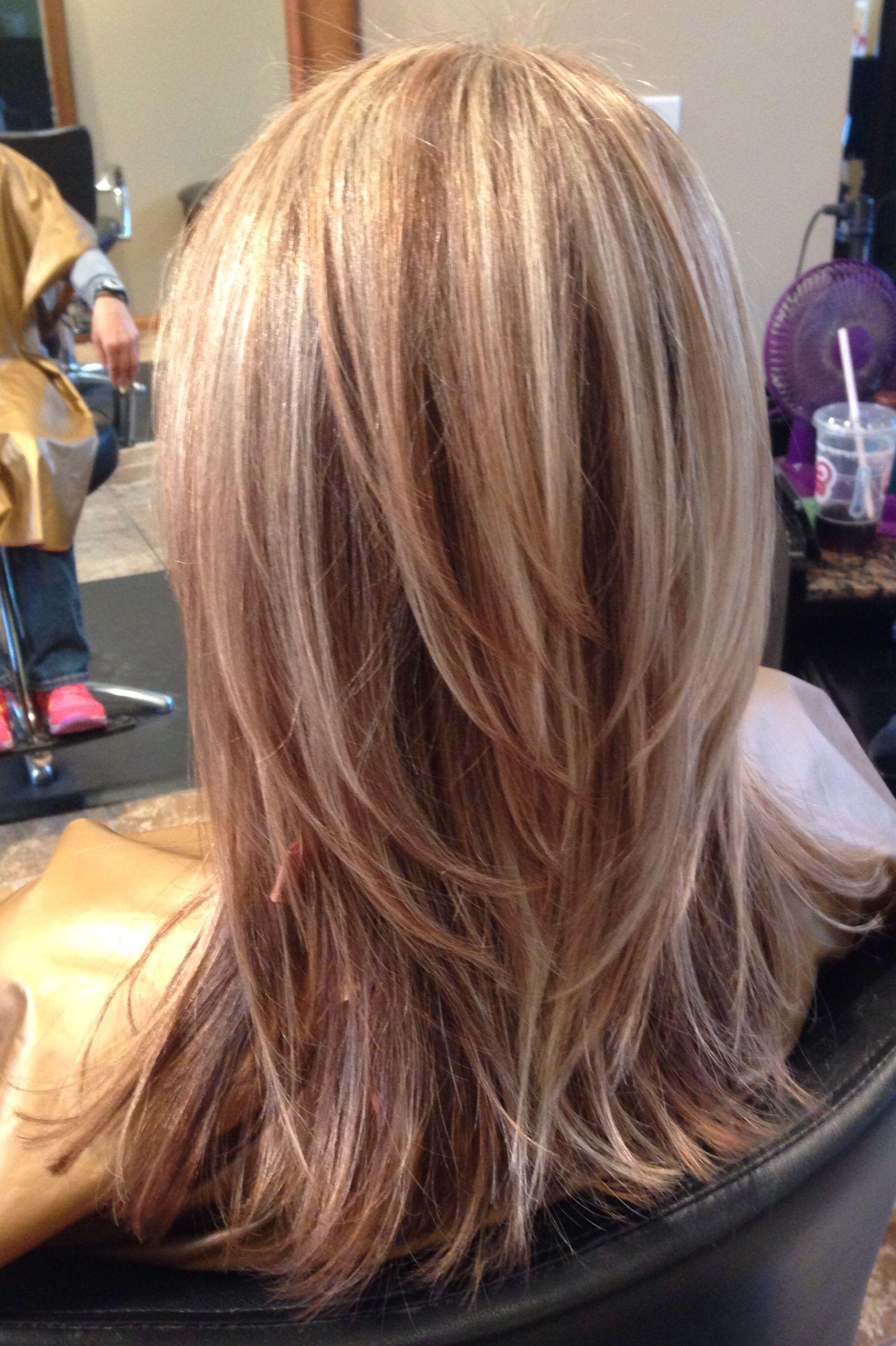 Pin By Ashley Brooke On My Work Medium Hair Styles Hair Styles Hair Highlights
