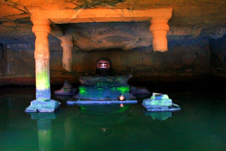 Myth of Harishchandragad Temple Shivling