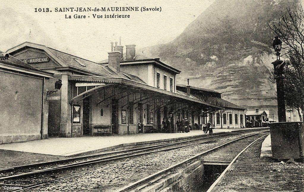 Saint Jean De Maurienne Savoie Vue Interieure De La Gare