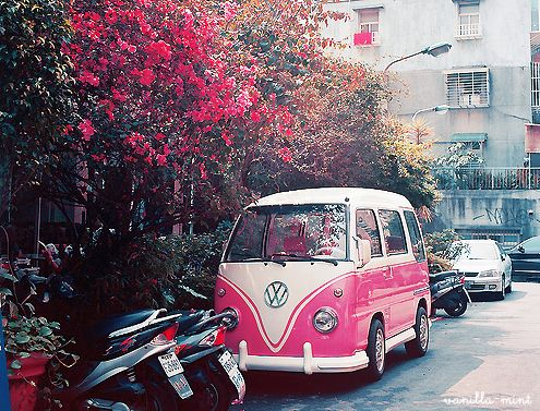 Love love love the colours in this picture. Particularly the VW Bug Van.
