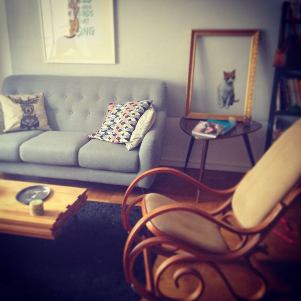 salon vintage reims avec canap la redoute table basse habitat fauteuil bascule - Emmaus Canape