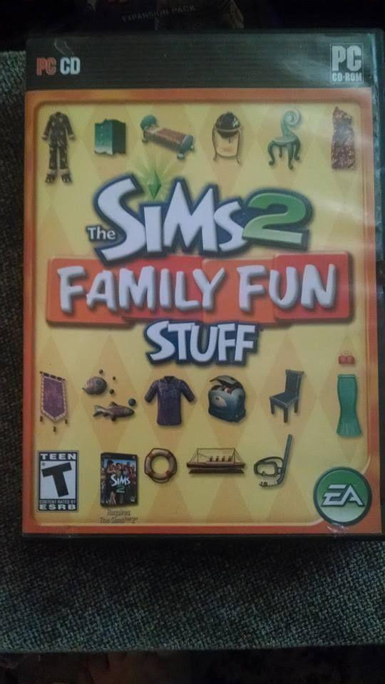 Sims 2 Family Fun Stuff PC 2006