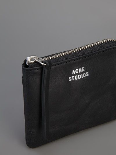 ACNE - New pouch 9