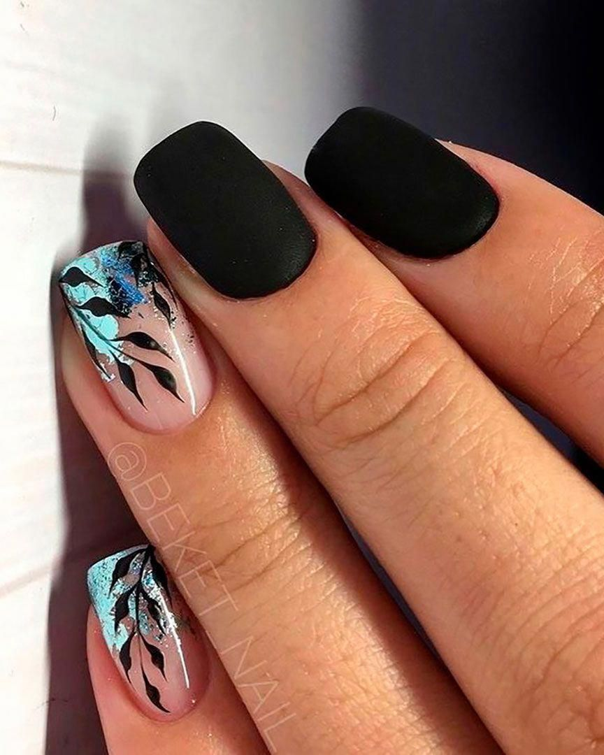 Short Black Nails Acrylic With Glitter Leaves Nails Design Shortnails Short Acrylic Nails Best Acrylic Nails Gel Nails