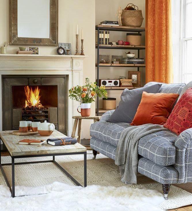 Best Warming Hues Modernhomedecorlivingroom Small Living 640 x 480