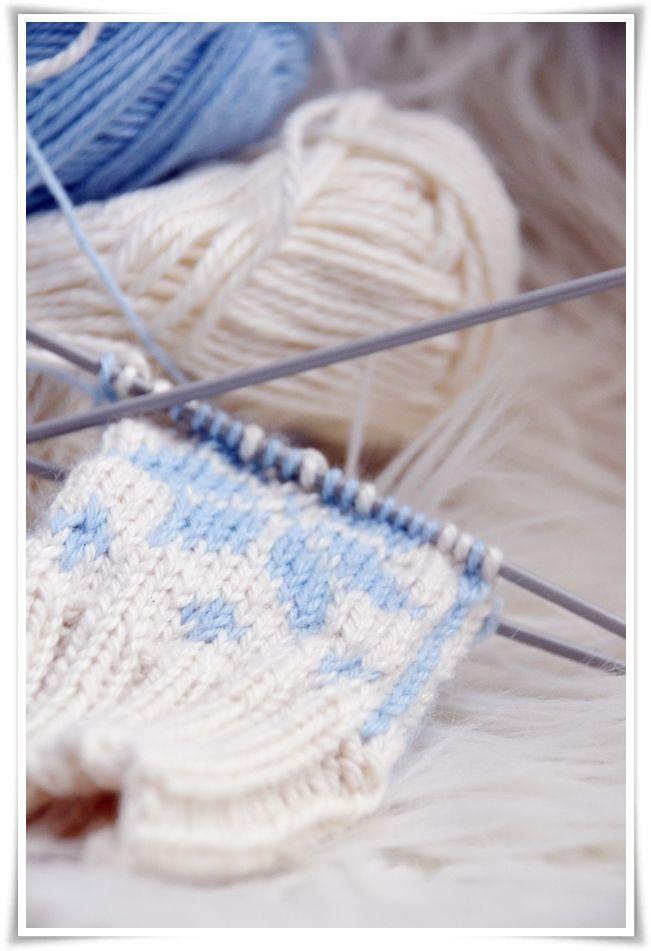 {Fabelaktig} knitting