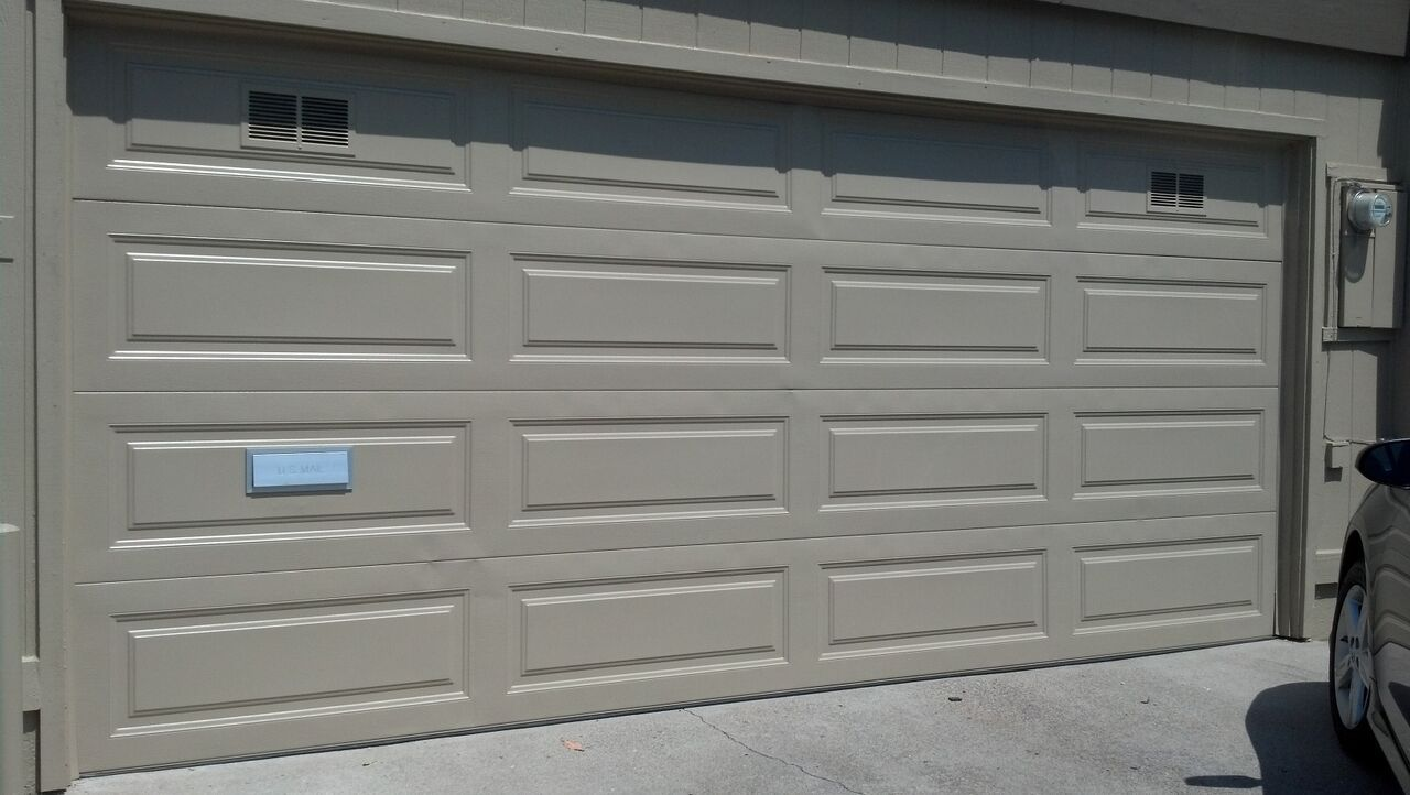 Check Out The Custom Mail Slot On This New Sectional 888 870 4677 Garage Doors Garage Door Repair Garage