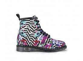Pin su anfibi shoes