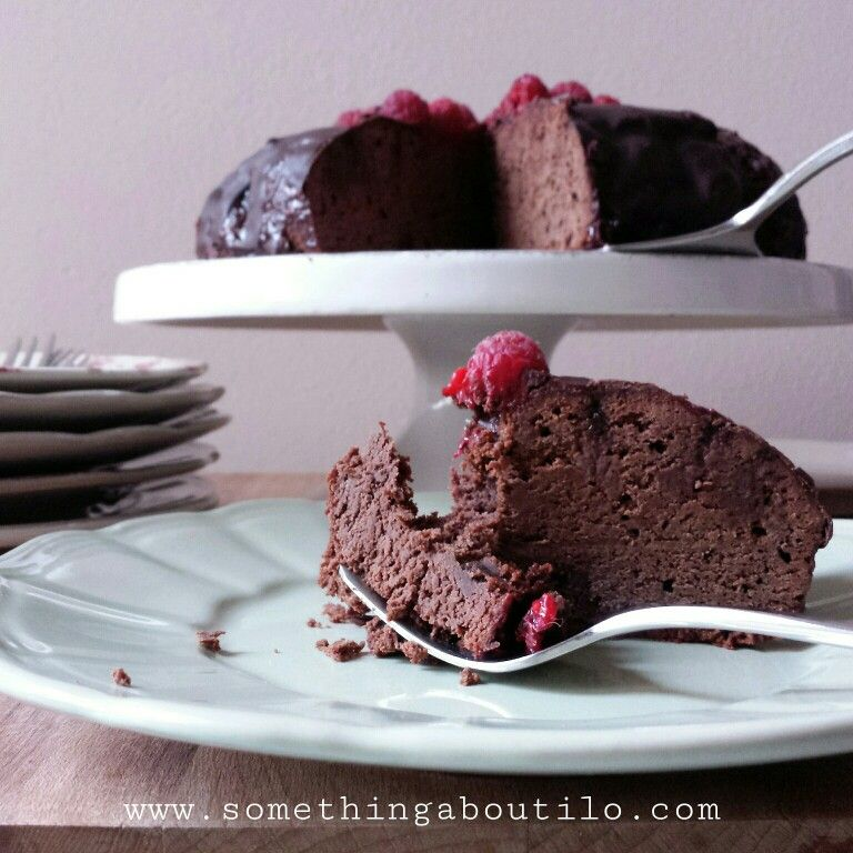 http://somethingaboutilo.com/2015/03/tripudio-di-cioccolato-e-lamponi/