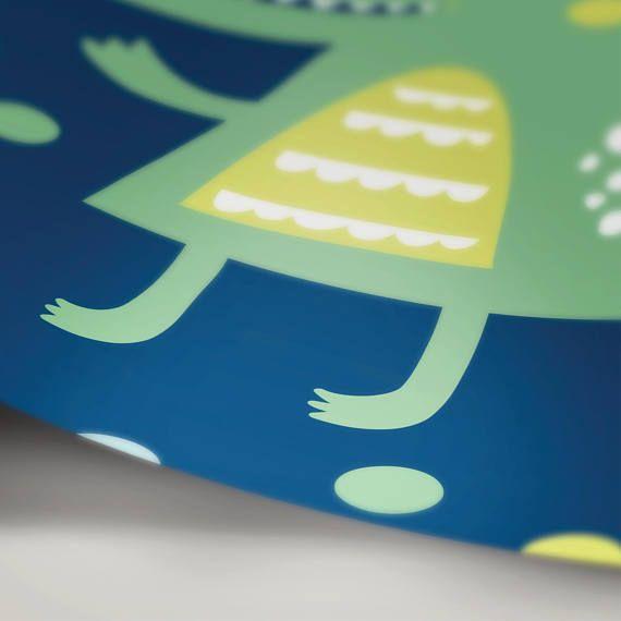 Printable Kids Crocodile with Confetti Graduation Invitation Card - download invitation card
