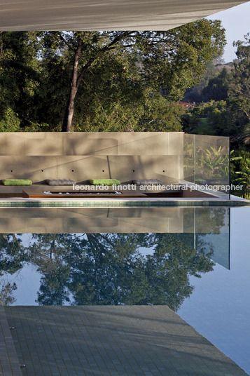 Casa PV / Sérgio Sampaio Arquitetura + Planejamento #piscina #pool