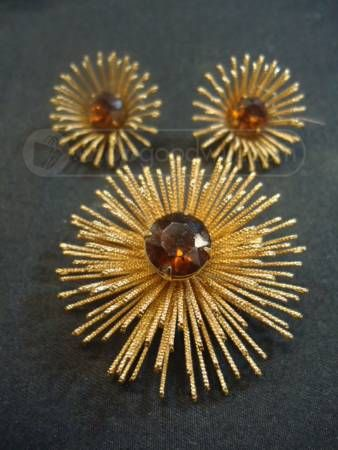 ab926adf0 Sarah Coventry Burst brooch and earrings...check Grandma's jewelry box for  gorgeous vintage costume jewelry