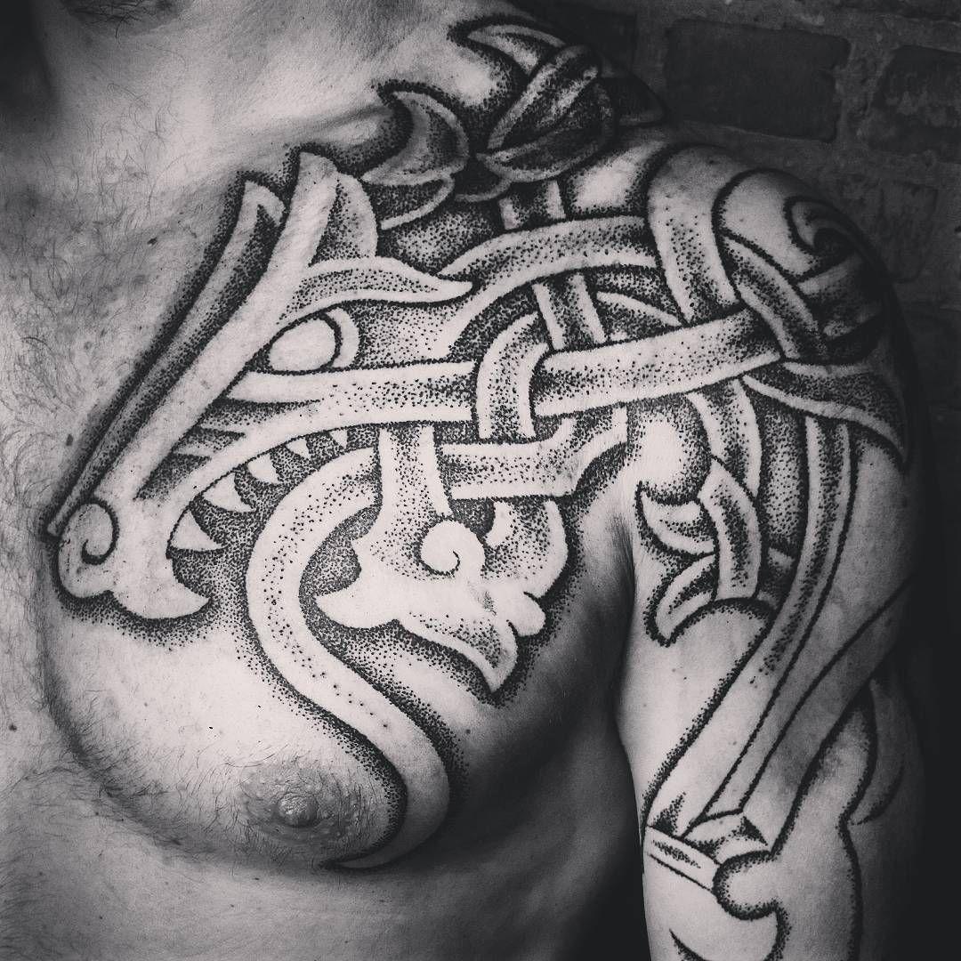 pingl par aimee hagen sur tattoos pinterest tatouage scandinave tatouages celtiques et. Black Bedroom Furniture Sets. Home Design Ideas