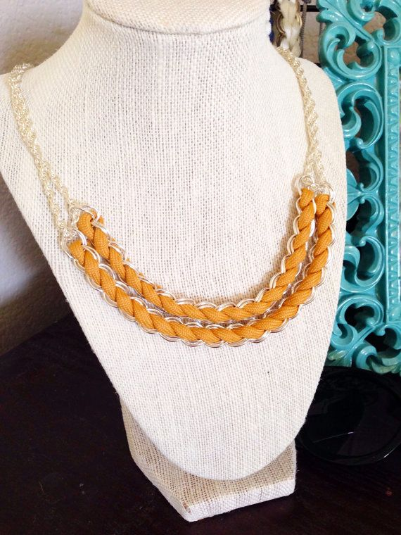 Double Linked Paracord Necklace