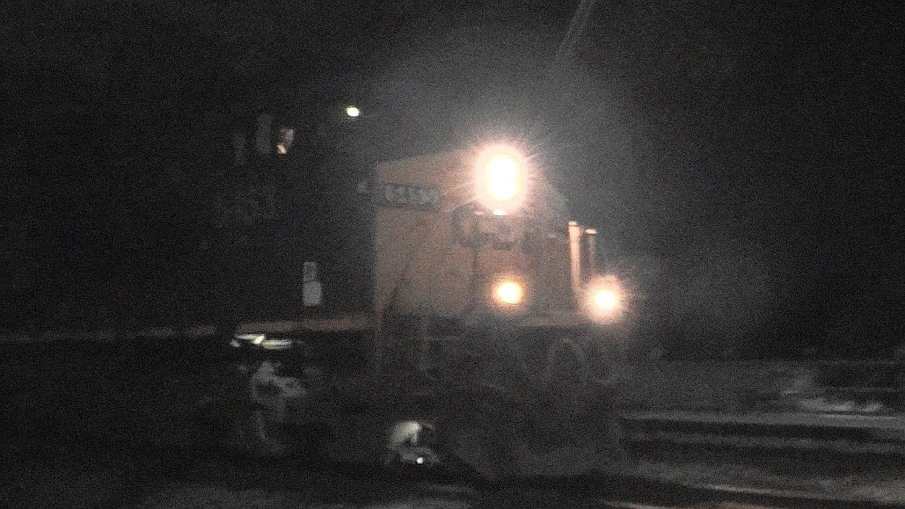 CSX W866-22 DOD Military Vehicles On Freight Train - YouTube