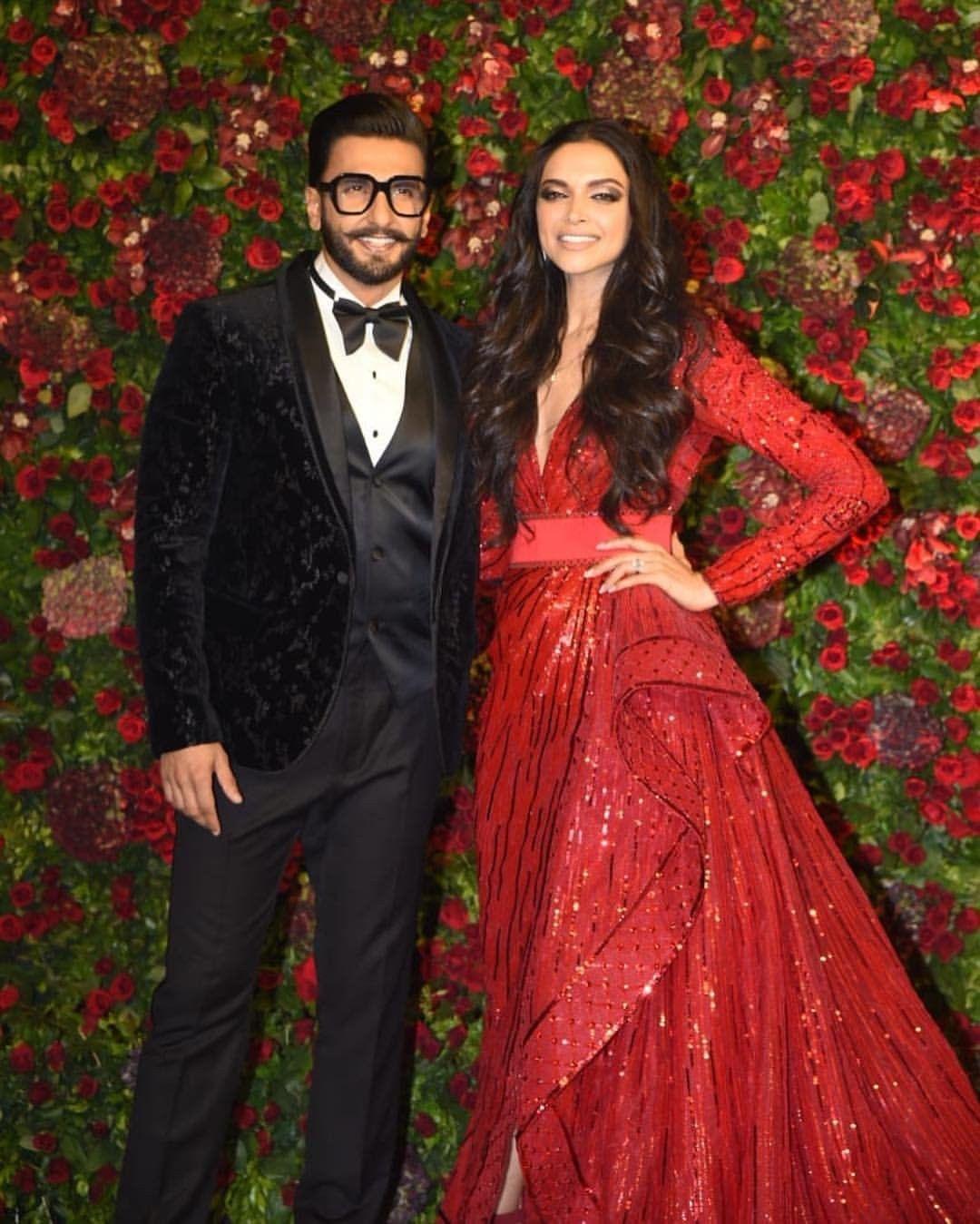 Deepika Padukone With Ranveer Singh Deepveer Wedding Reception Engagement Dresses Bollywood Fashion Bollywood Wedding