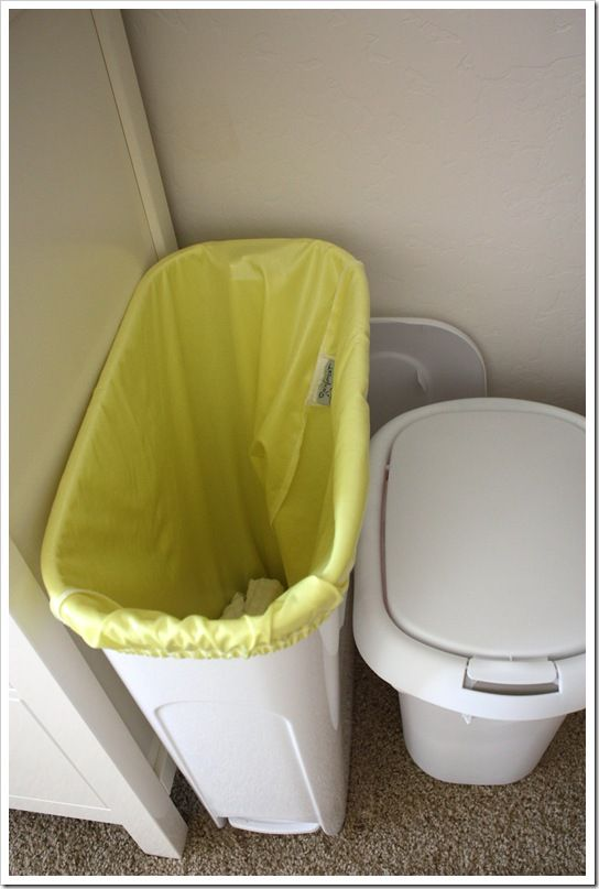 This post is the third installment in my gWhiz! gDiaper series. In this one, I'll introduce you to my changing station and procedures for changing a diaper. There are countless ways to arrange your own space, but I know that this is the sort of thing I love to read – peeks into people's organization,(...)