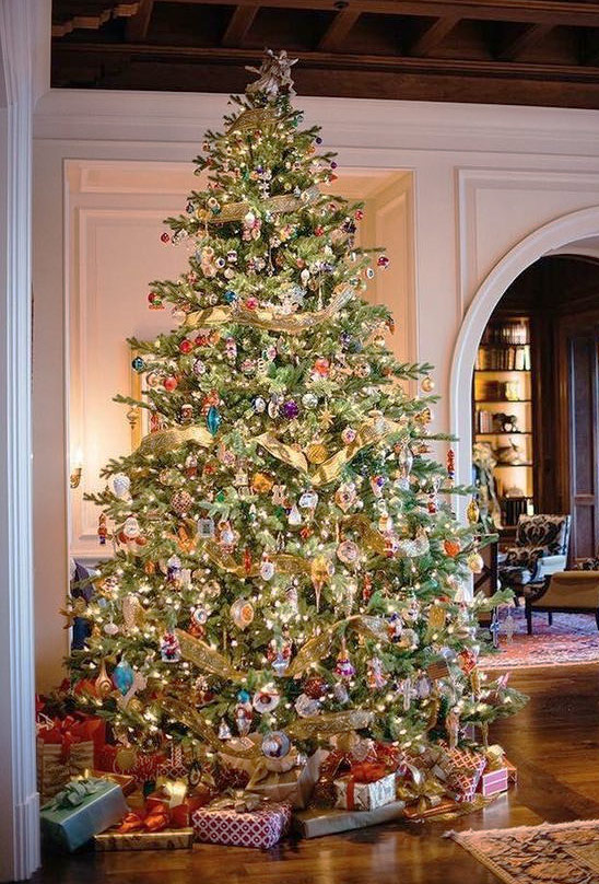 Victorian Fir Artificial Christmas Tree In 2020 Beautiful Christmas Trees Christmas Home Traditional Christmas Tree
