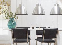 Hang een aantal van dezelfde lampen naast elkaar! #Inspiratie ...