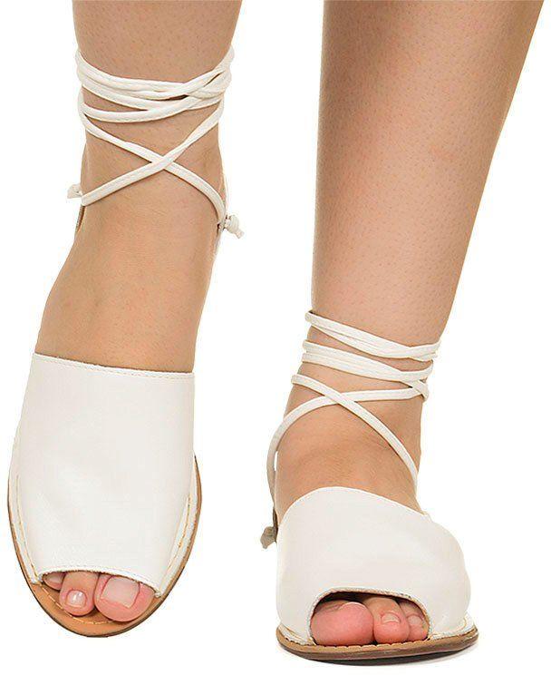 cd6ef5c772 Rasteira avarca branca com amarração Taquilla - Taquilla - Loja online de  sapatos femininos