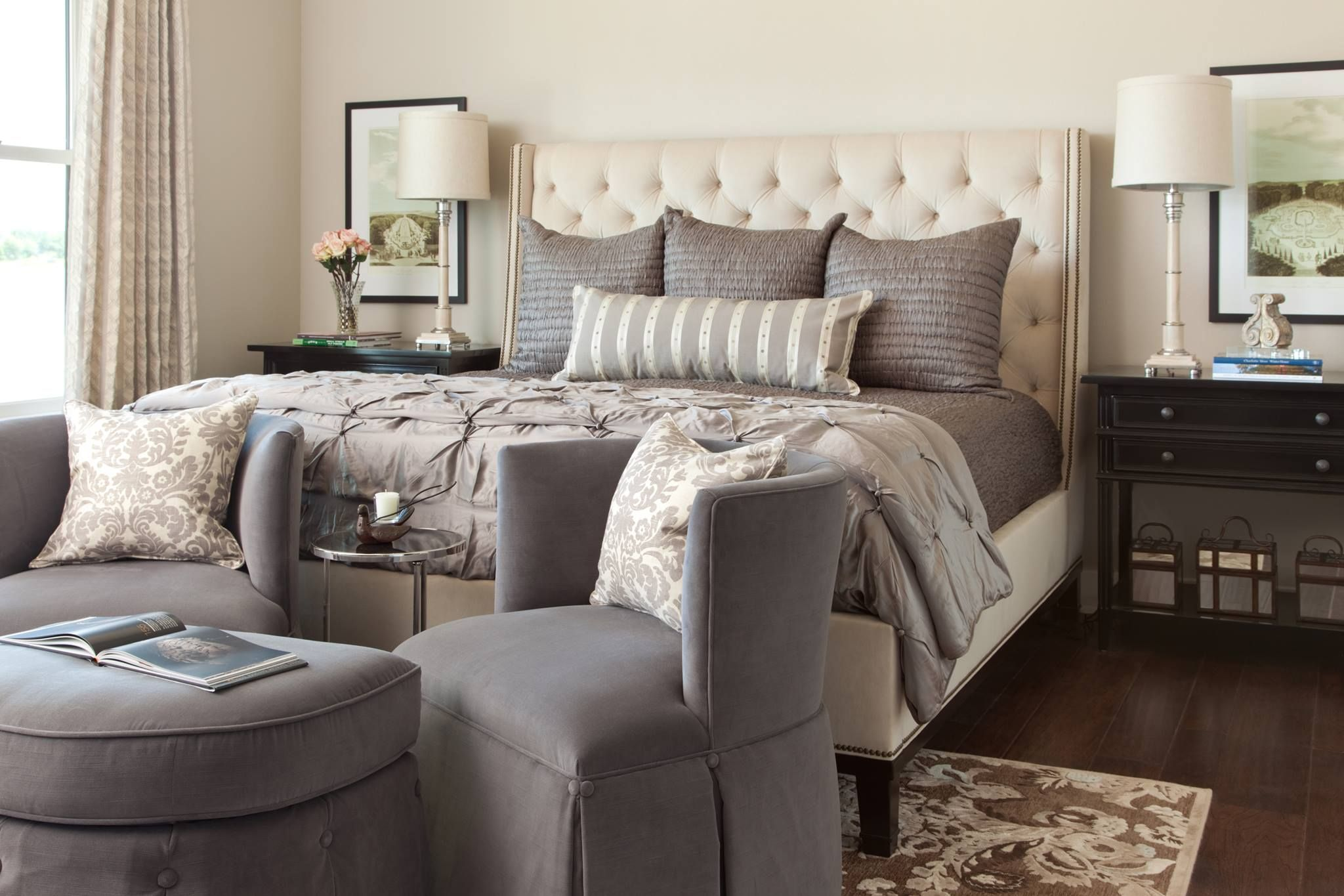 I love gray accents Home bedroom, Cream bedroom
