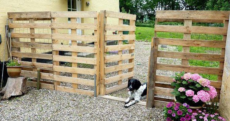 Pas gebouwd of verbouwd? Heb je nog een stapel houten palletten liggen? Europalletten kun je inleveren bij fabrikanten en groothandelaars van bouwproducten. Staat er geen EUR- of EPAL-logo op de pallet? Dan kun je 'm naar het recyclagepark brengen of er creatief mee aan de slag gaan.