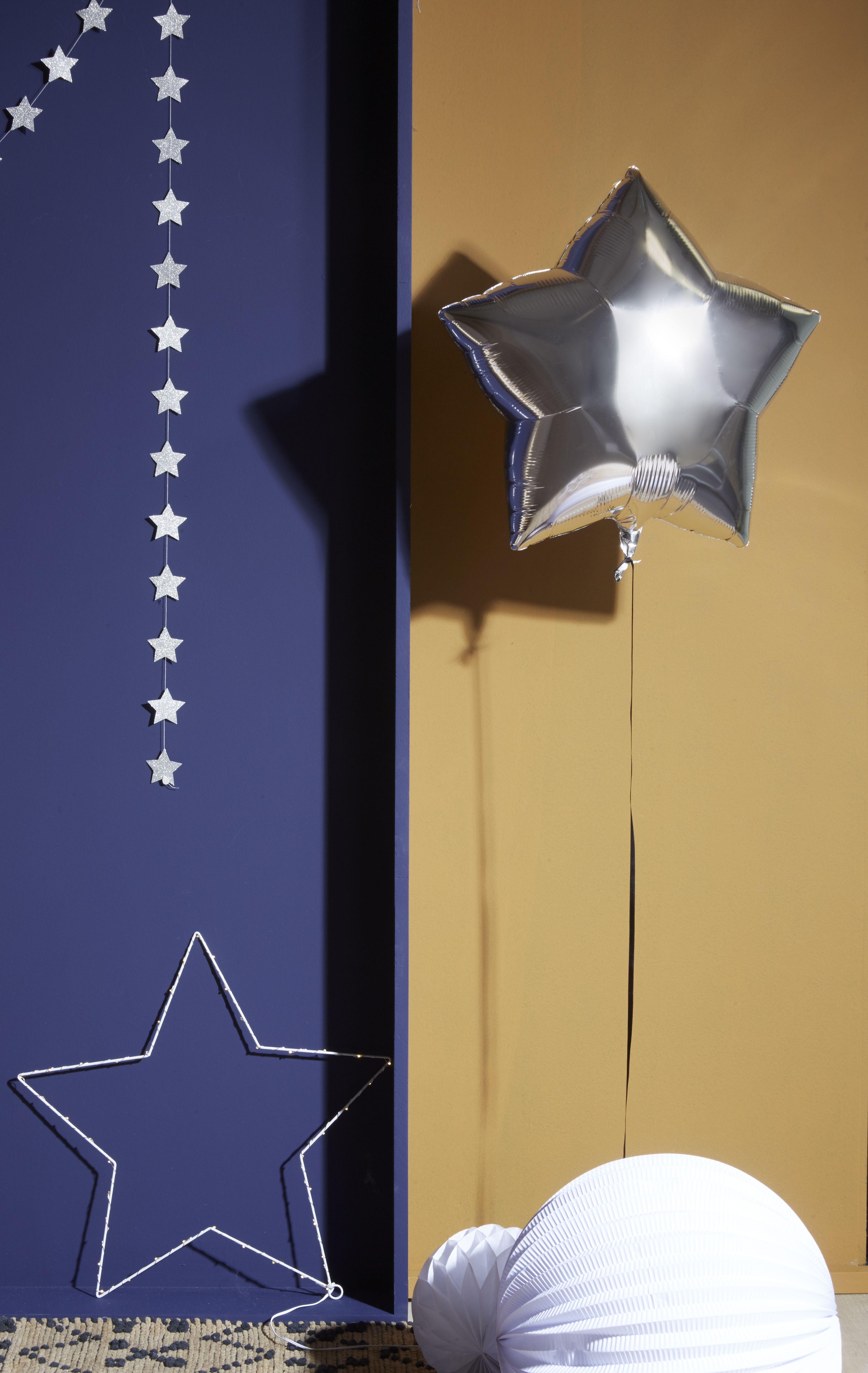 Ballon Mylar Aluminium Argent Et Etoile Lumineuse Skylantern