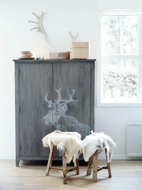 alte m bel neu gestalten und auf eine tolle art und weise aufpeppen rustic interiors. Black Bedroom Furniture Sets. Home Design Ideas