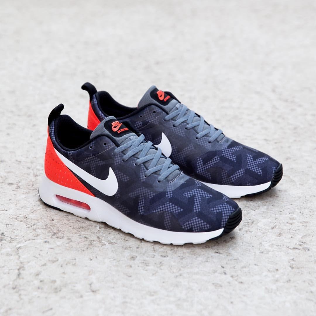 Nike Air Max Tavas SE: Cool Grey/Crimson Sneakers Pinterest