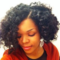 Tips for fighting frizz & defining curls in Spring