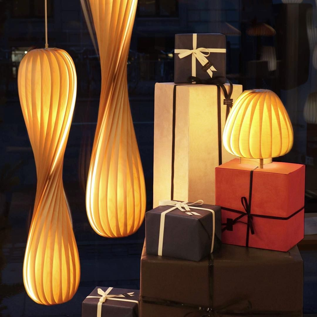 E Wish You All A Wonderful Christmas Eve With Lots Of Love And Hygge Tomrossau Hygge Lampdesign Christma Lamp